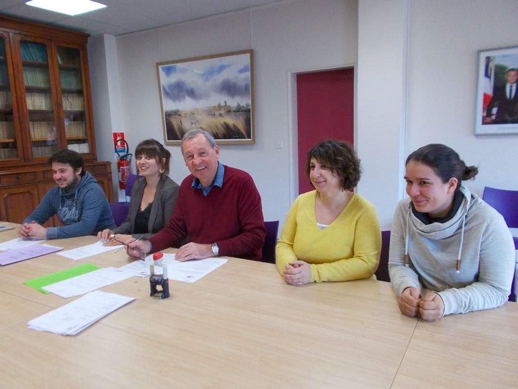 Signature convention mairie école Cavignac